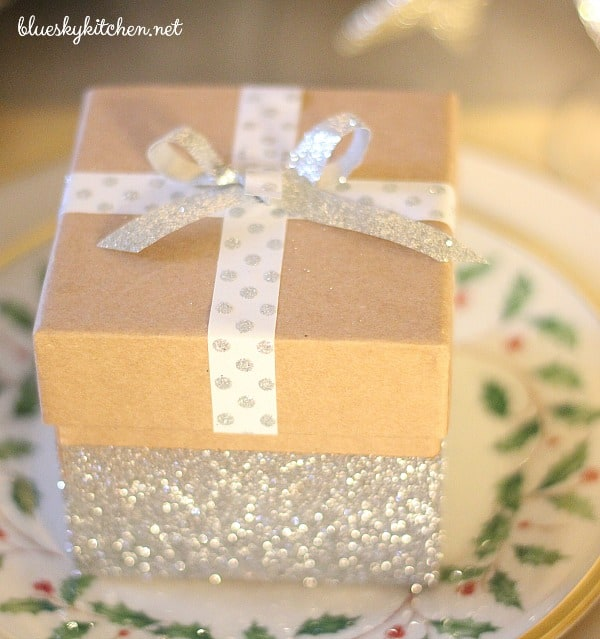 How to Make the Cutest Glittery Gift Boxes for favors hostess gifts or to & How to Make the Cutest Glittery Gift Boxes ~ Bluesky at Home
