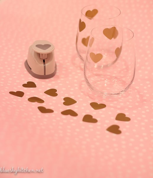 2 Easy DIY Projects for a Valentine's Day Celebration ~ whether a romantic table for 2 or a bash for your BBFs, these DIYs will add sparkle to your party.