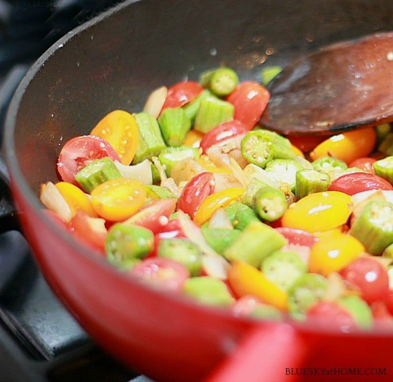 Okra and tomatoes Southern recipe