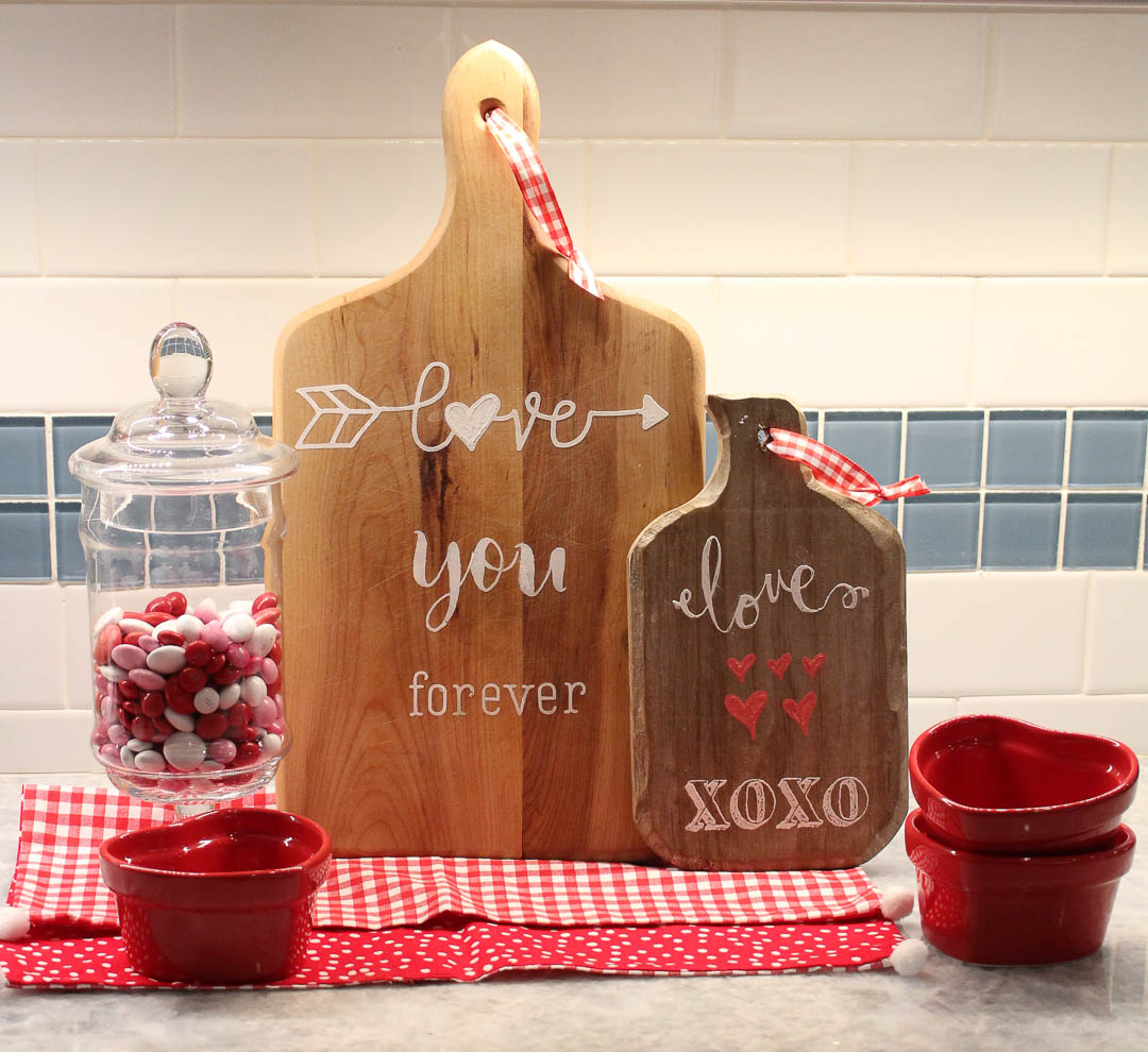 vintage cutting boards become Valentine decor