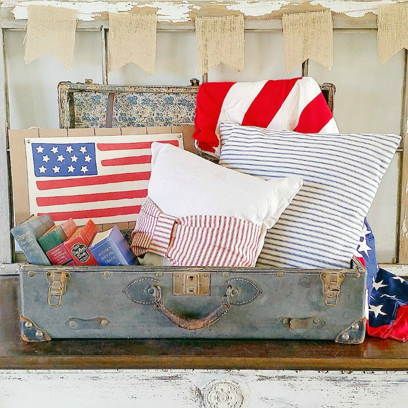 stars and stripes pillows in trunk