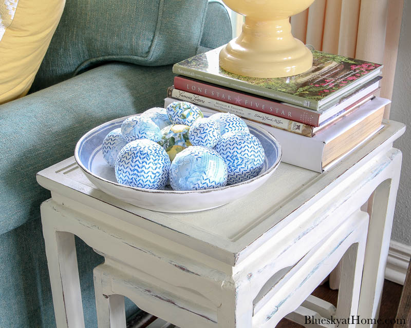 blue patterned decorative balls in bowl