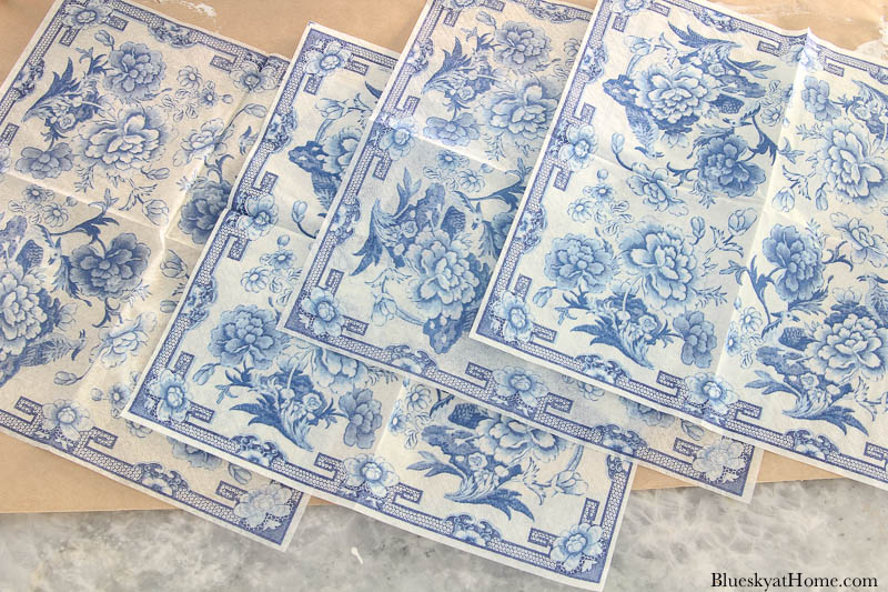 blue chinoiserie style napkins