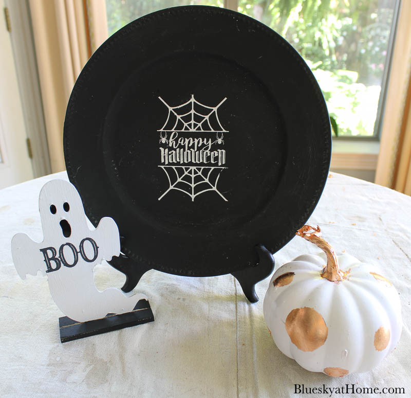 paint and stencil Halloween decorations