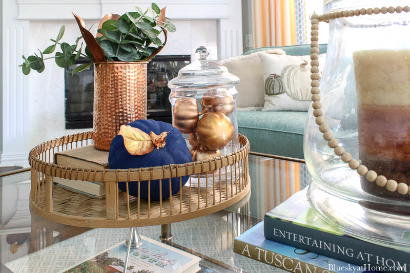 fall decorated coffee table