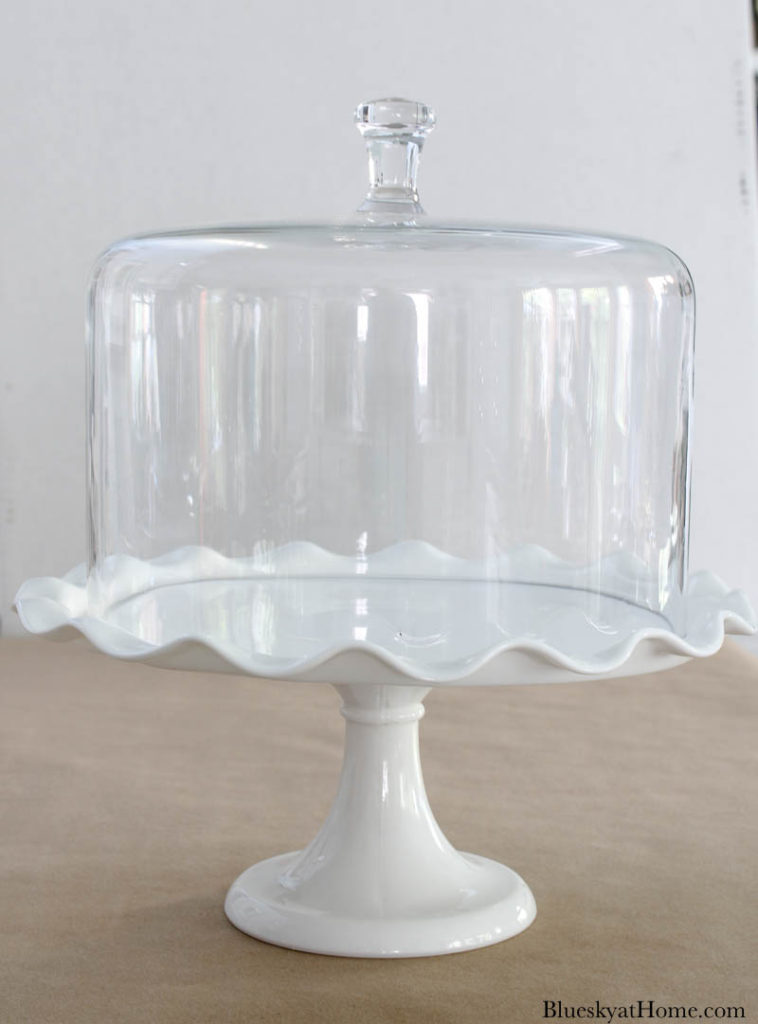cake stand with glass cover