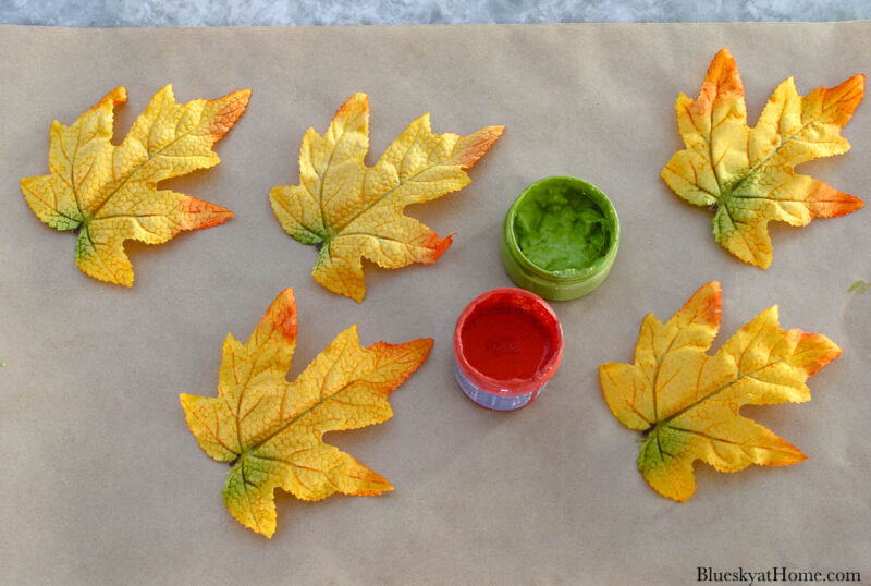 paint for maple leaves