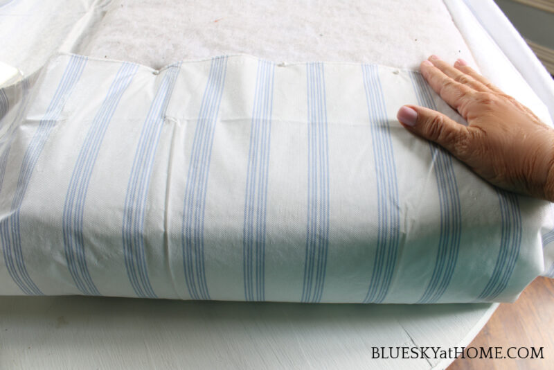 wrapping fbric around patio bench cushion